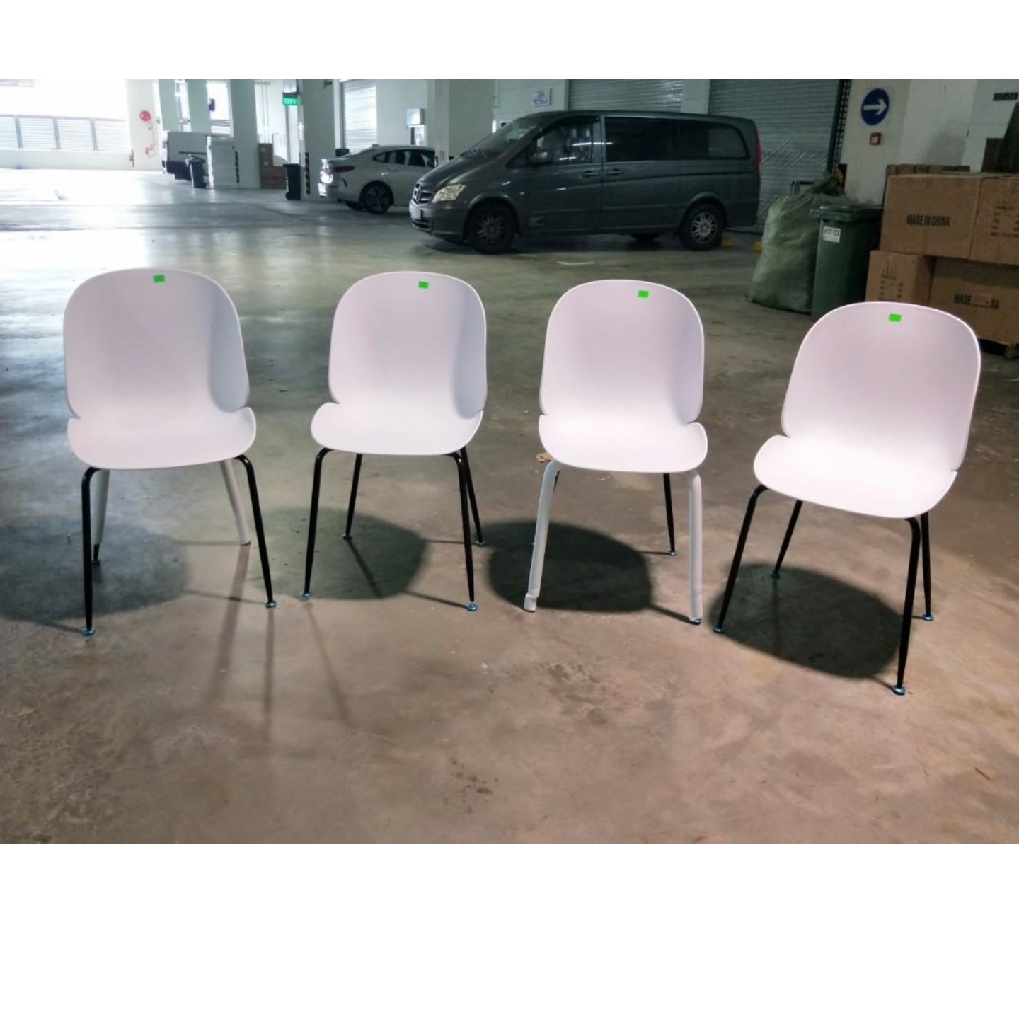 4 x IZZY Designer Replica Chairs in WHITE