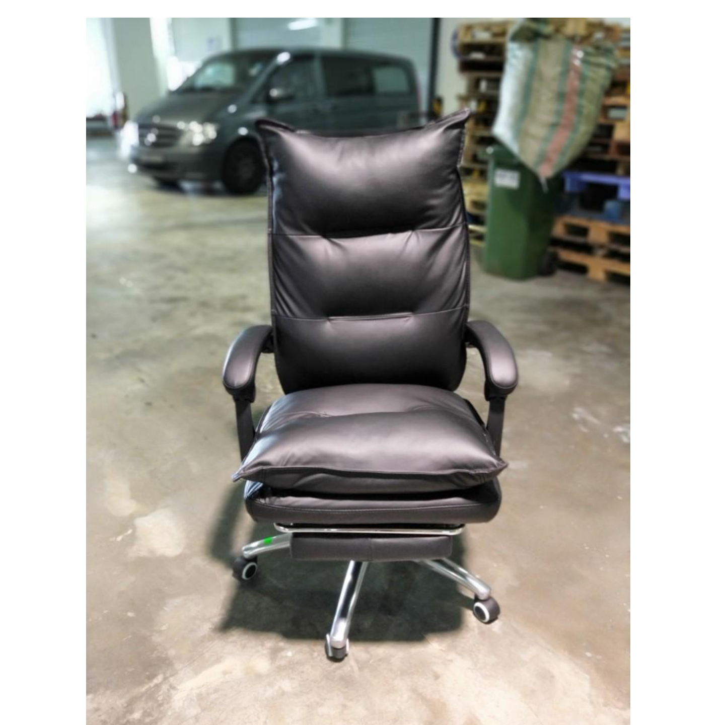 PEDROSA Reclining Office Chair in BLACK PU