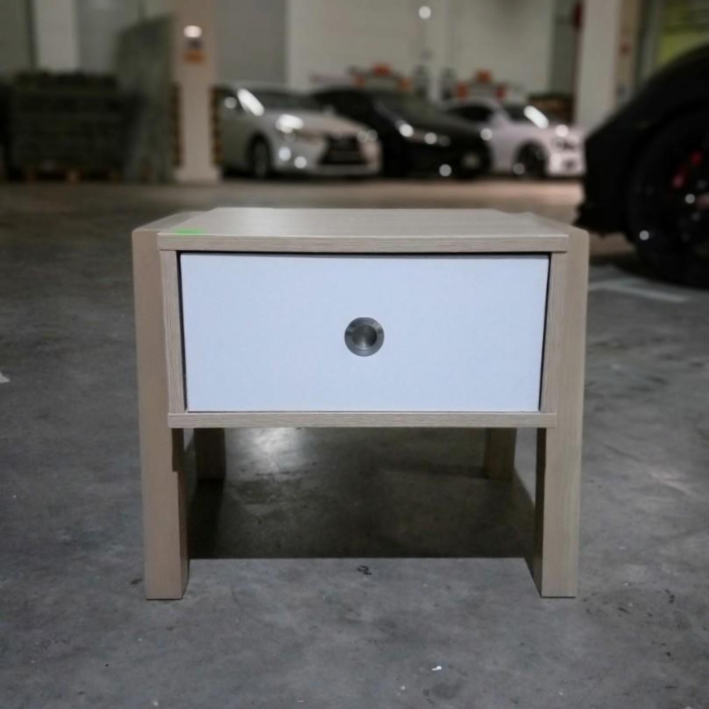 MISA Side Table