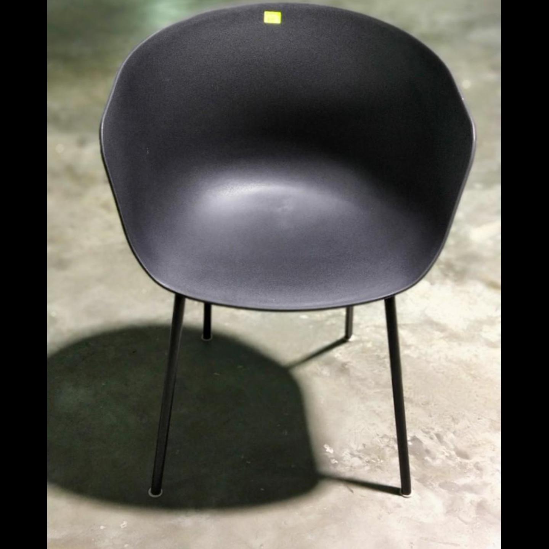 GYRO Chair in BLACK