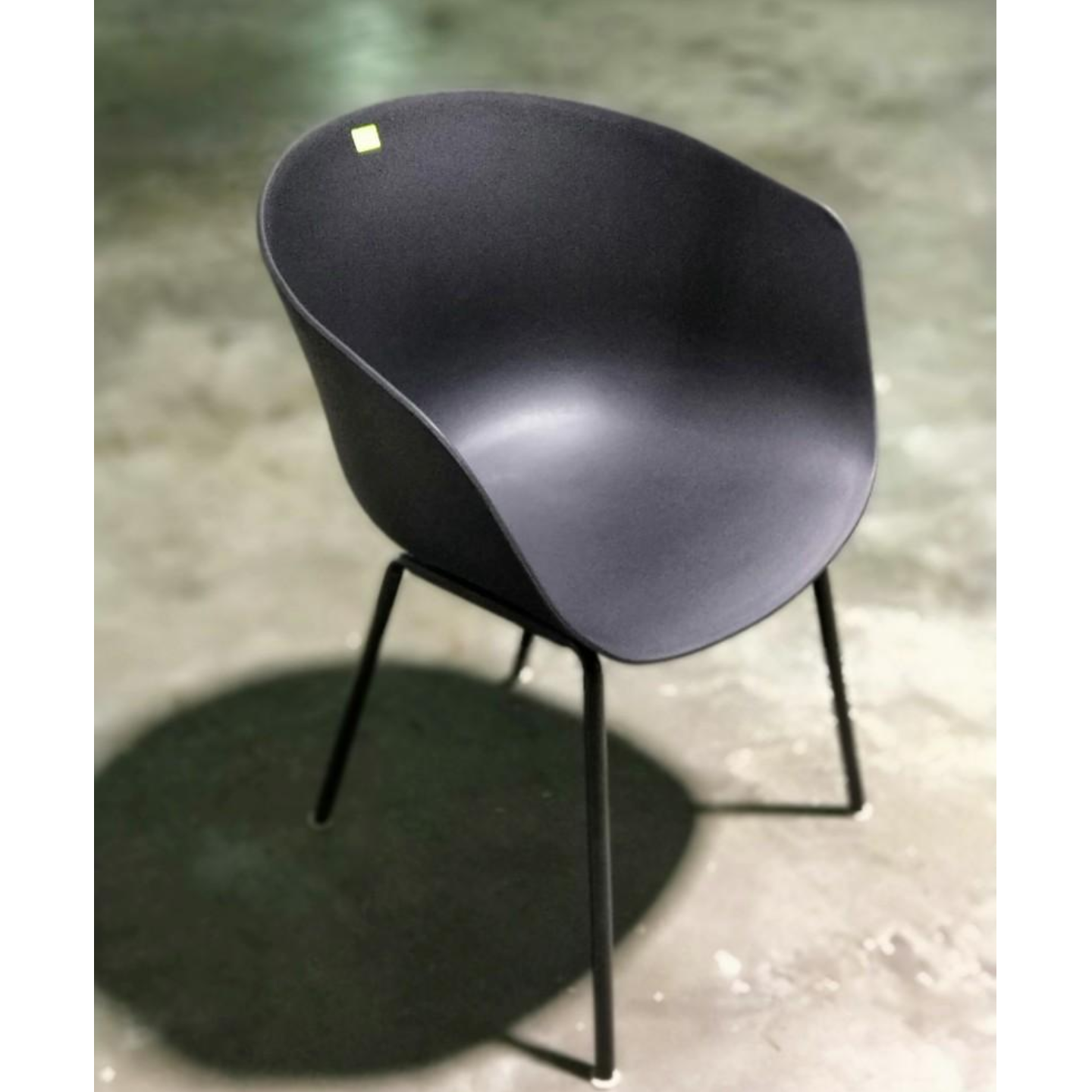 GYRO Chair in BLACK