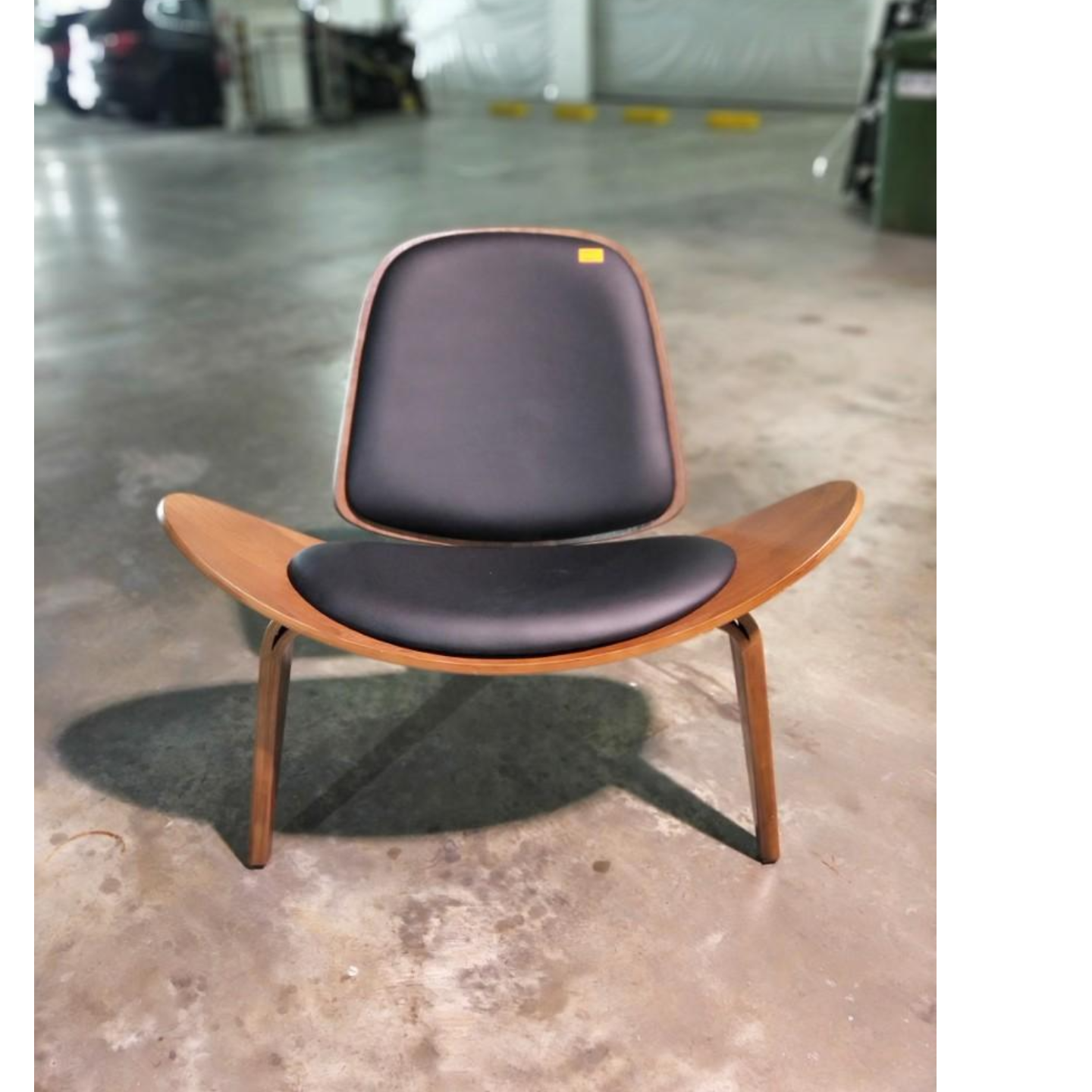KAKTEN Designer Replica Chair in BLACK