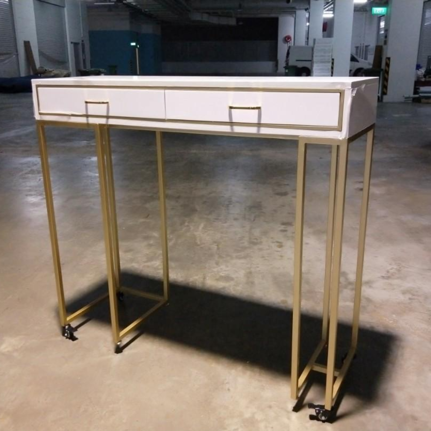 CRYSTIK Modern Hallway Console with Gold Frame on Wheels