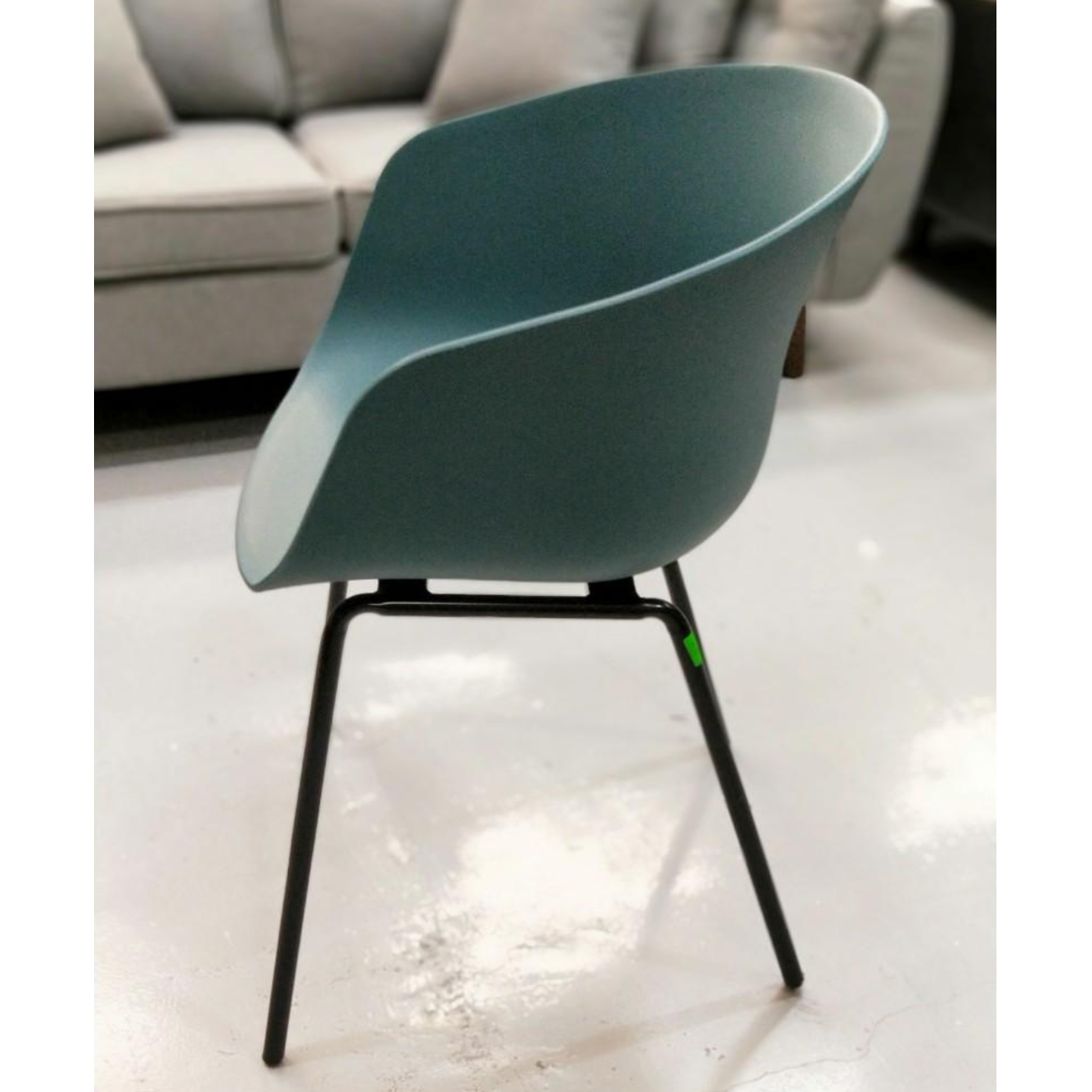 GYRO Chair in TEAL GREEN