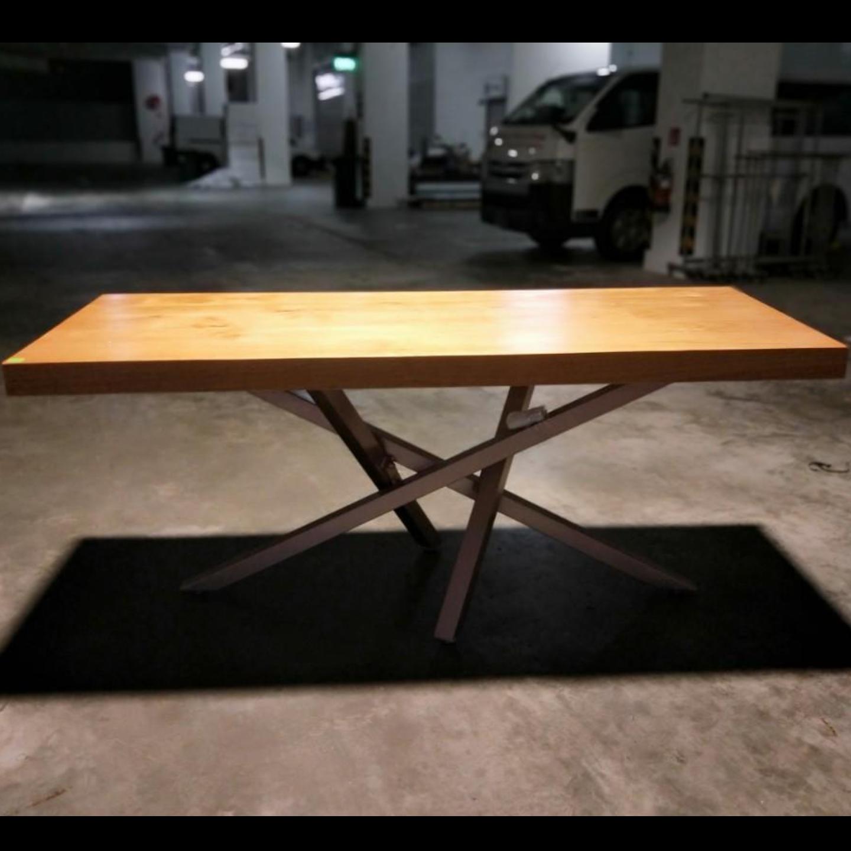 ESTONI Wishbone Solid Wood Dining Table