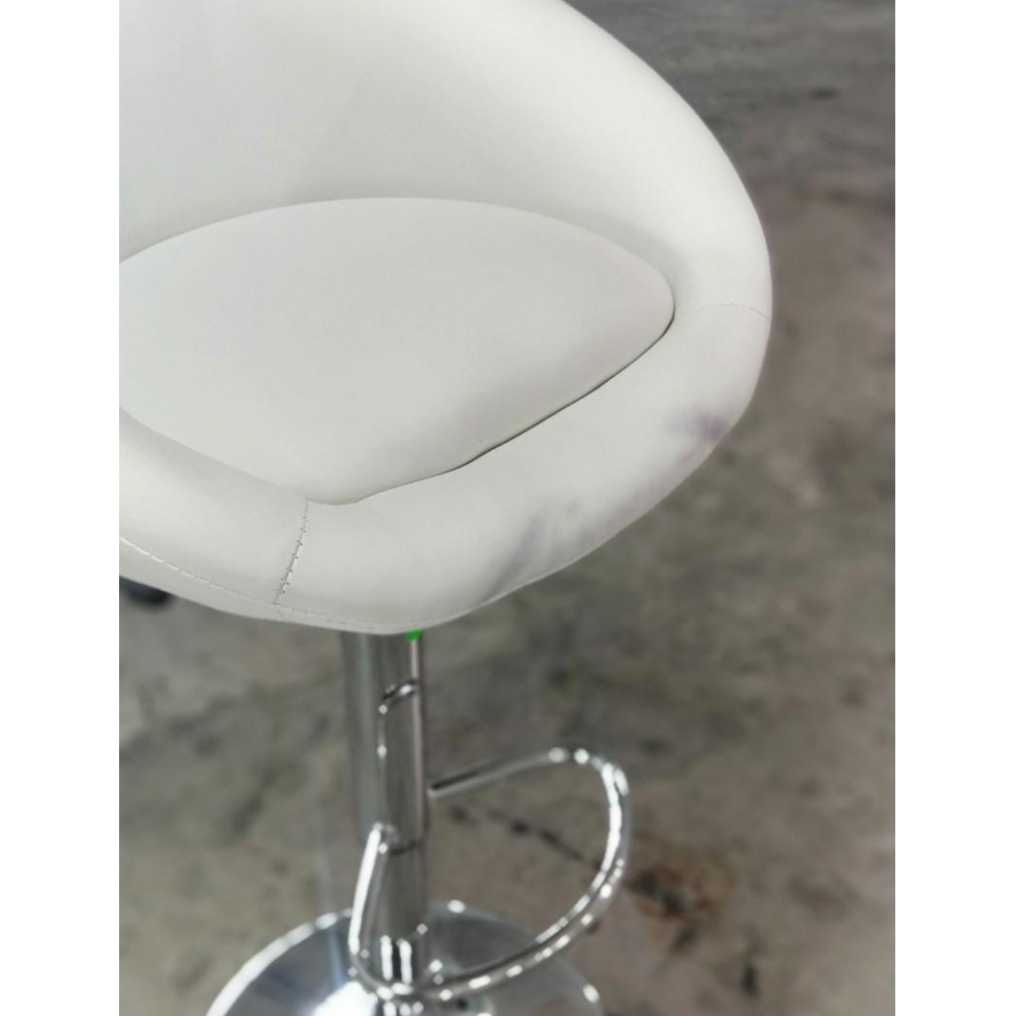 IONIC Barstool in WHITE