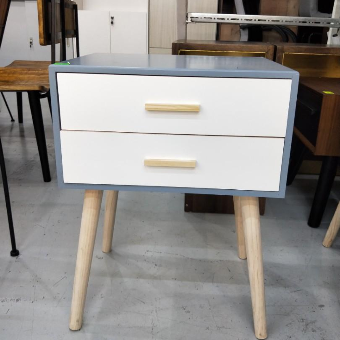 AVAS Side Table in BABY BLUE and WHITE (DEFECT)