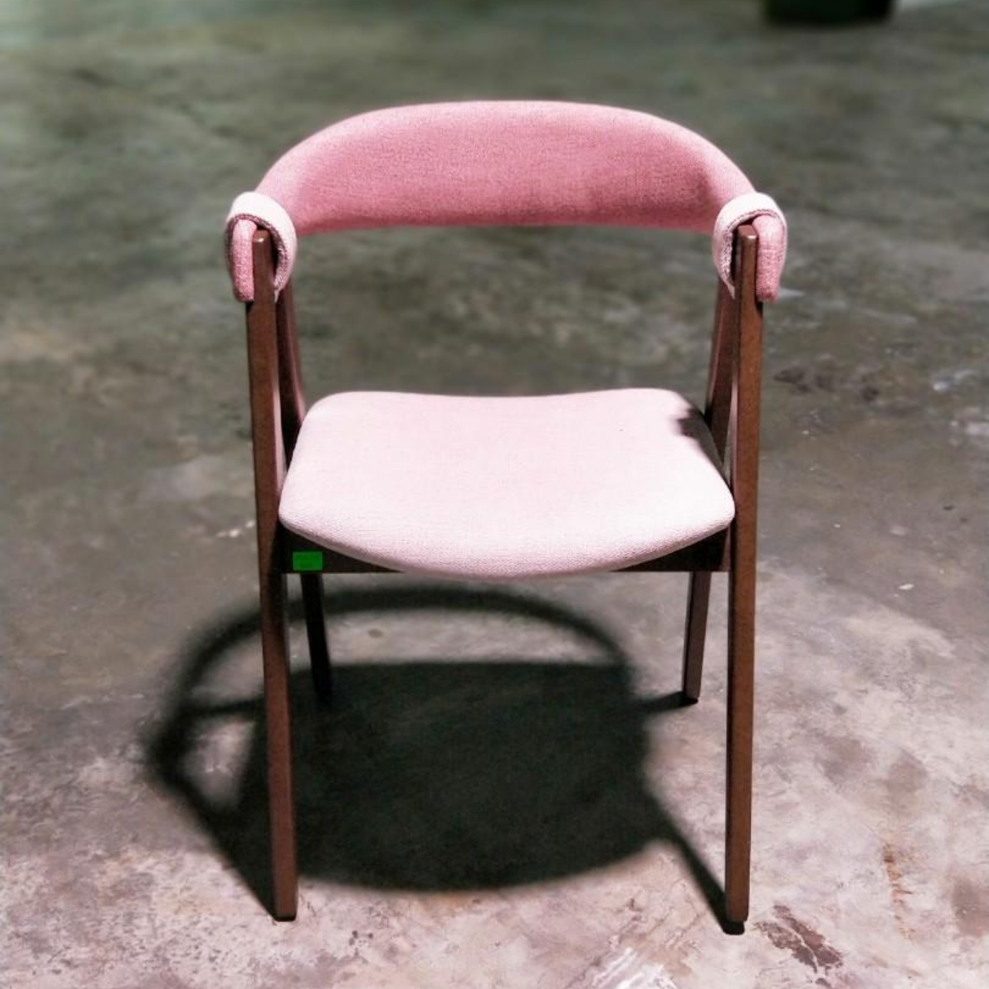 ATAGO Arm Chair