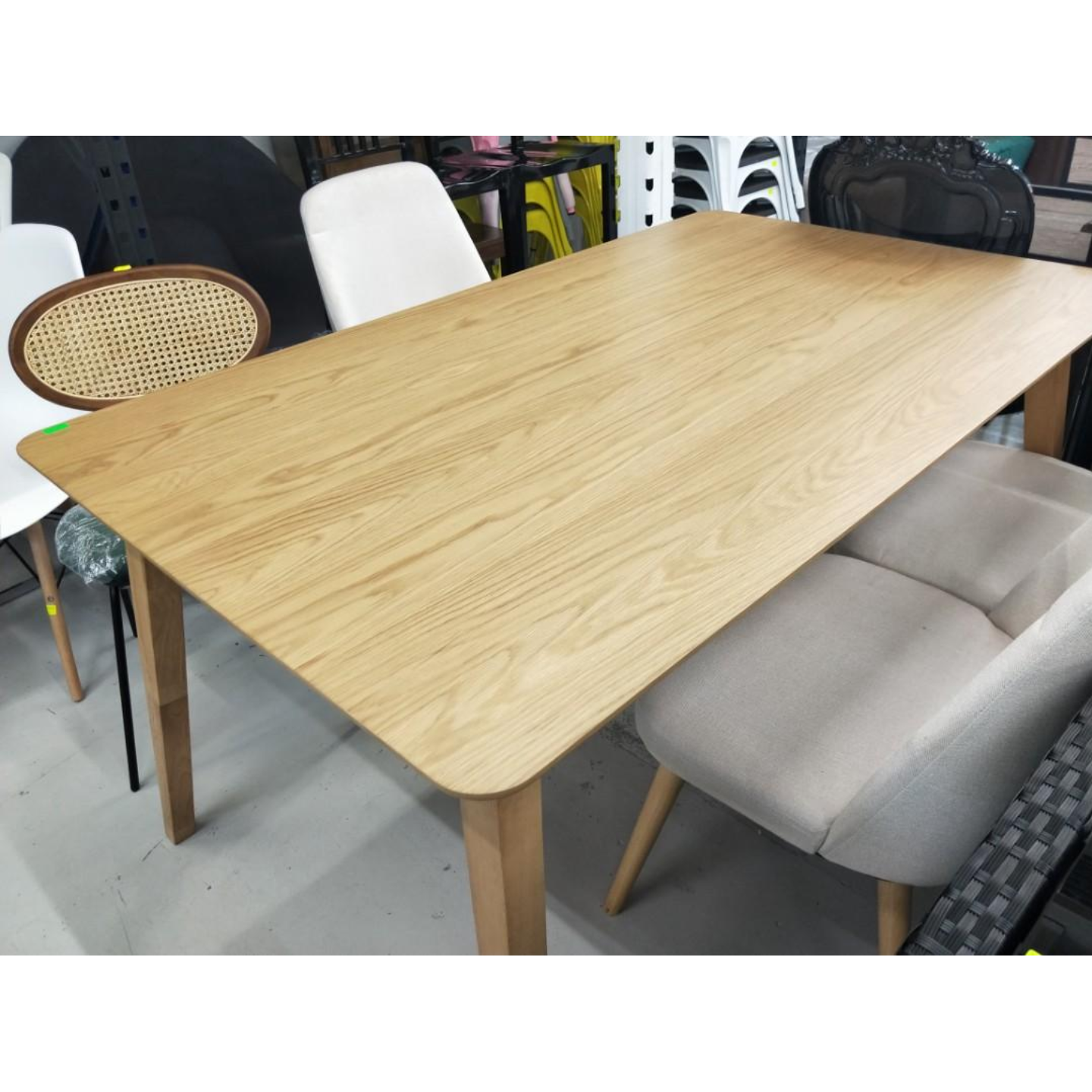 KYOTO Dining Table in OAK