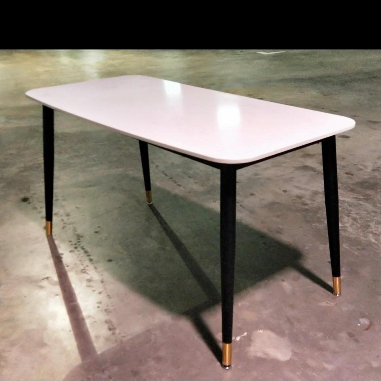 KALIA Marble Dining Table