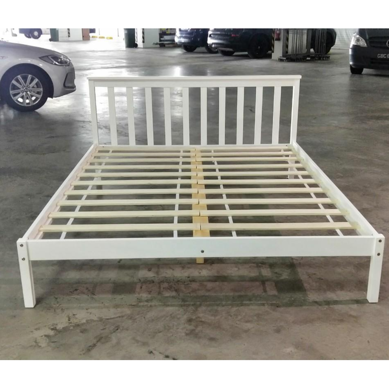 RUZENDA QUEEN Size Pine Bed Frame in WHITE