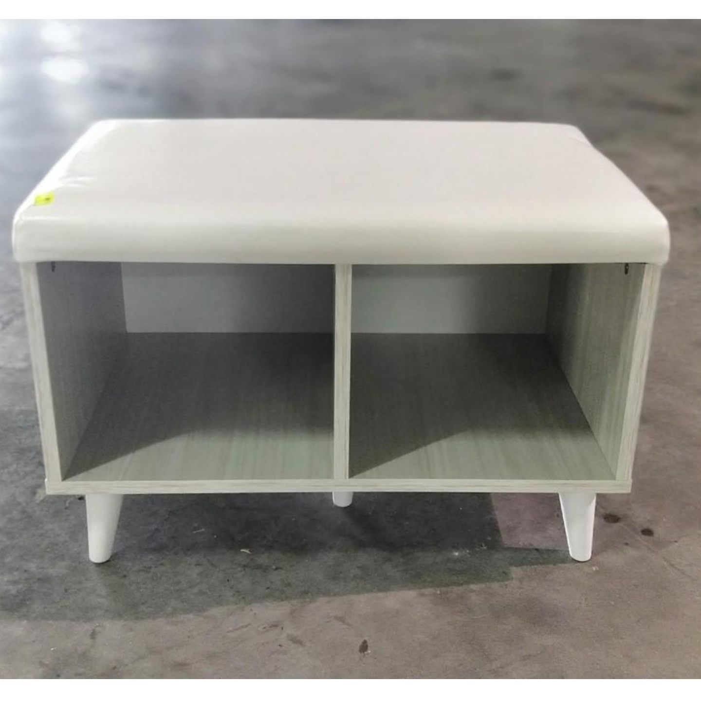 BASSO Bench in White Wash