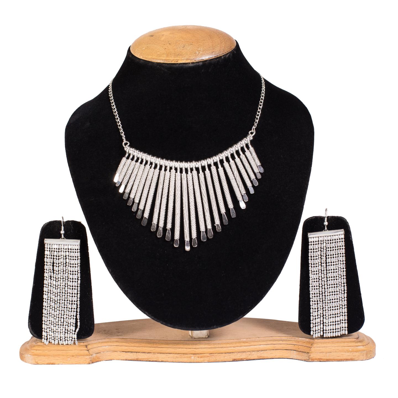 FAZZN Necklace & Earrings Combo - 2