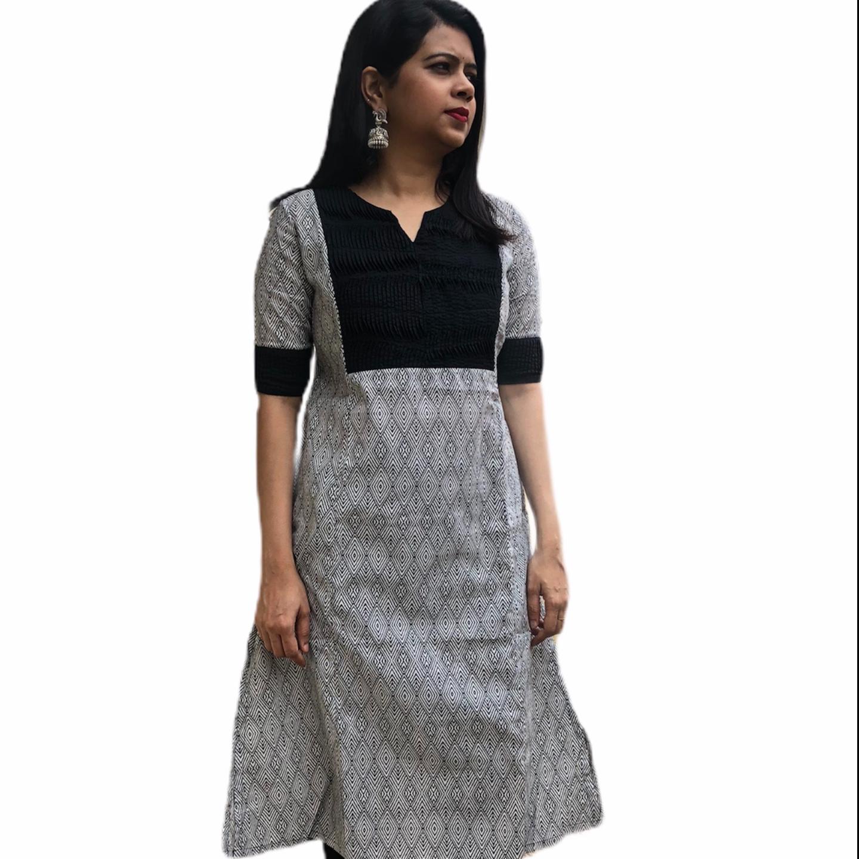 MCK Design BLACK & WHITE Women Kurtha Half Sleeve
