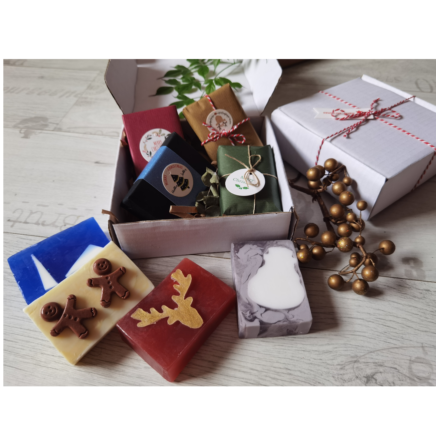 Jolly 4 Box - Christmas Themed Soaps
