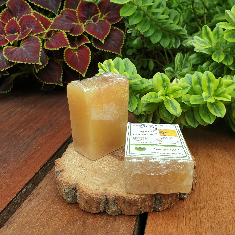 HONEY BEESWAX ROSEMARY GRAPEFRUIT (HAND SOAP)
