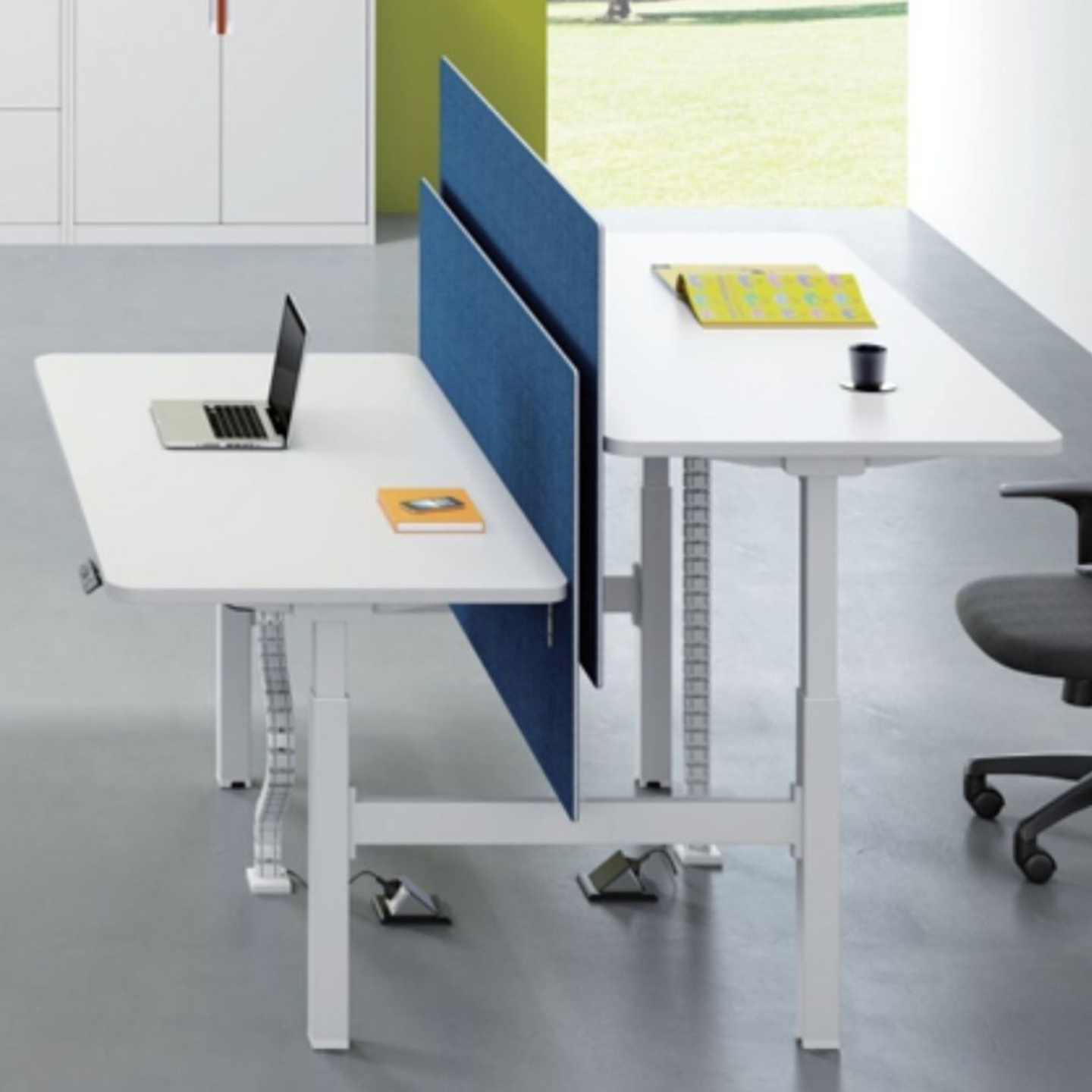 SHARING SIT STAND DESK WHITE (SET OF 2)