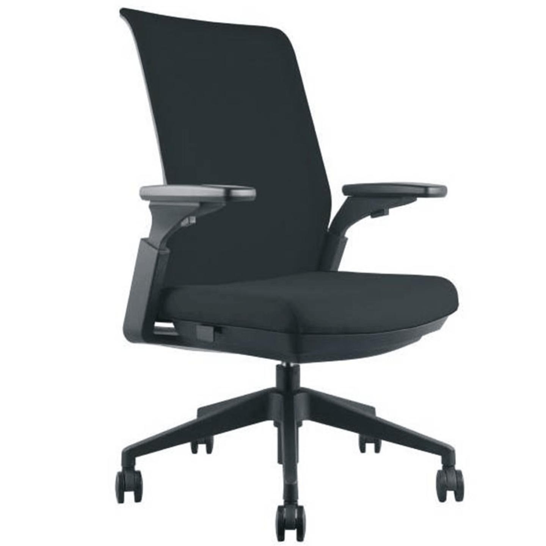 Table Chair Combo - 8A (HOF 15 Table + FLEXI MB Chair)