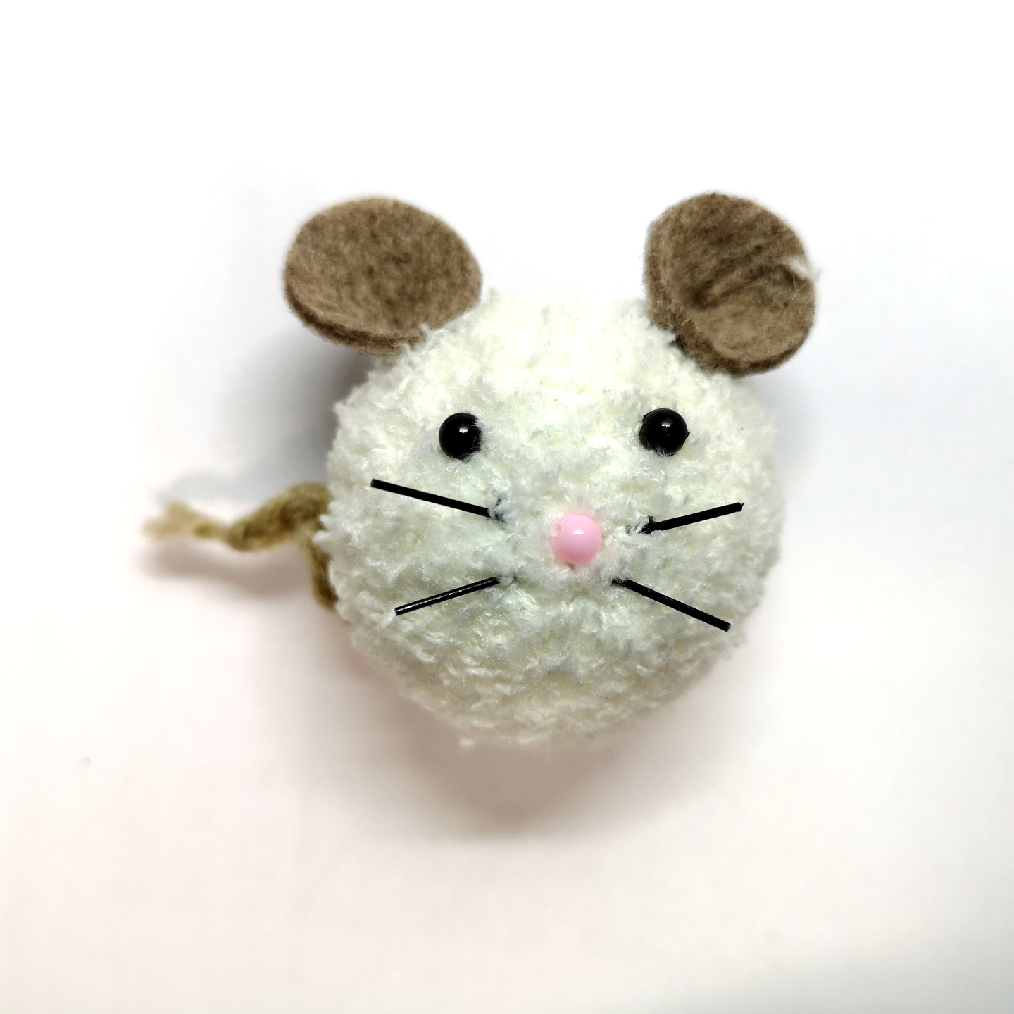 Handmade Brooch: Mouse Brooch by Doe & Audrey