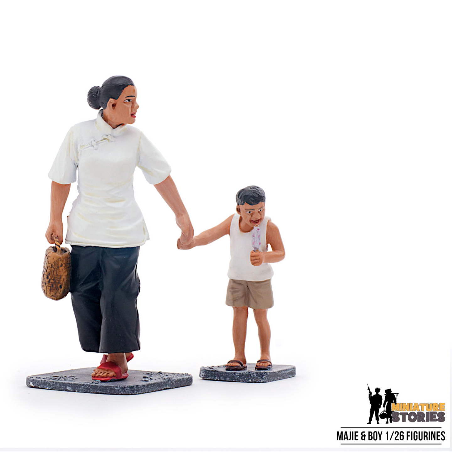 Majie and Boy Figurines
