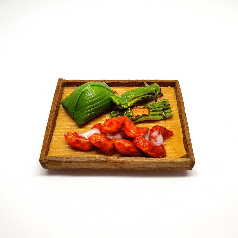 Handmade Miniature: Nasi Lemak & Chicken Wing Set (w/ magnet) by Madam Ang Miniature World