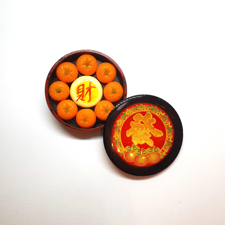 Handmade Miniature: Auspicious Mandarin Orange & Pastry Set (桔子财礼盒) by Madam Ang Miniature World