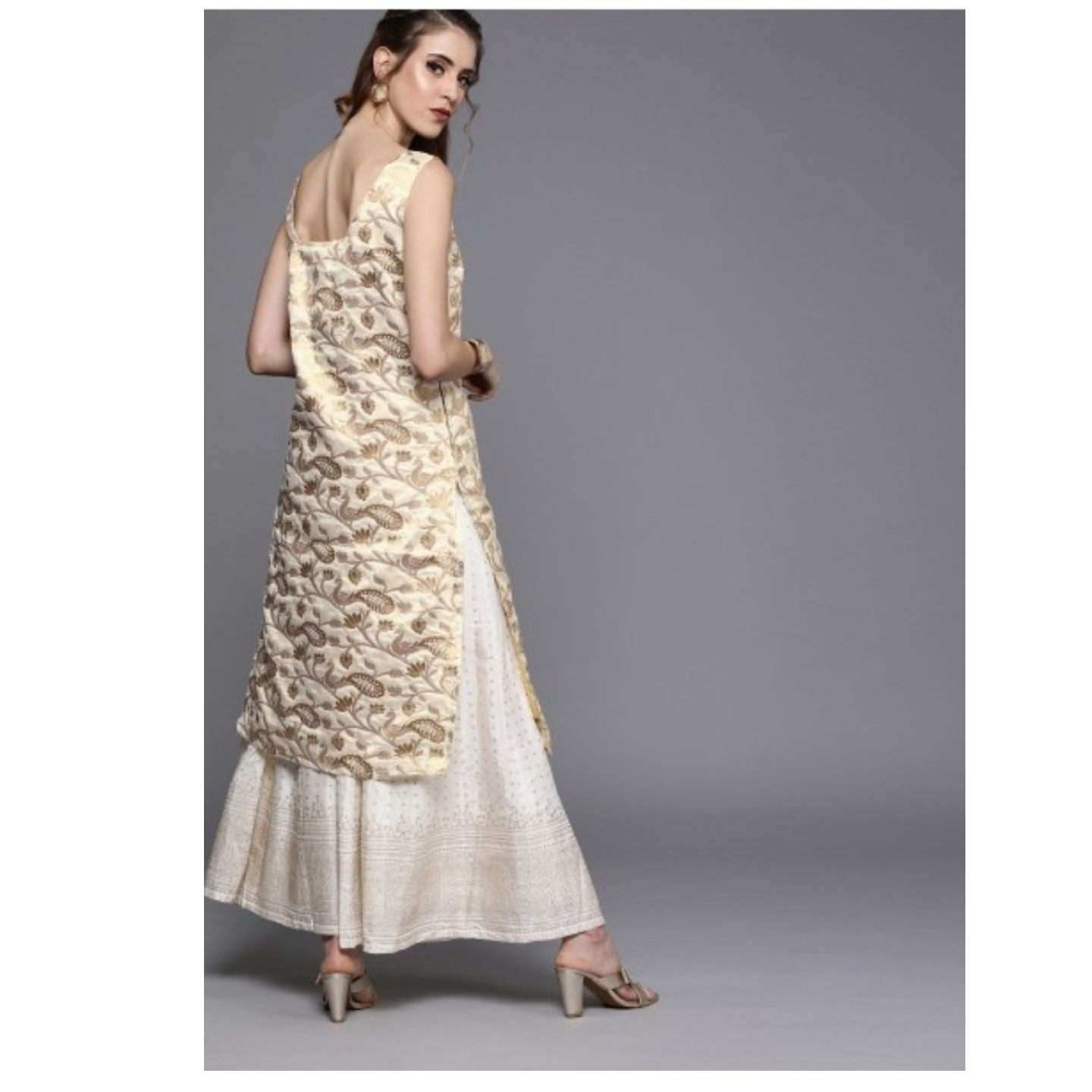 Off-White & Gold-Toned Woven Design Brocade Straight Kurta
