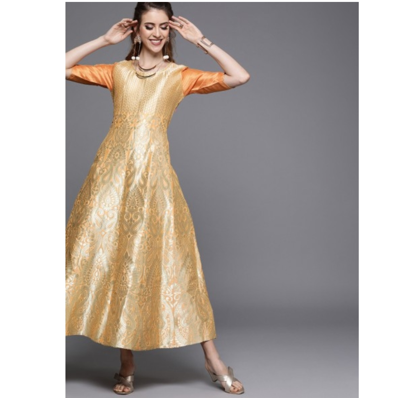 Peach-Coloured & Gold-Toned Self Design Panelled Maxi Dress