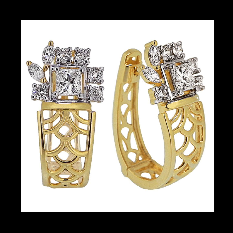 A filigree inspired striking gold lattice work diamond earrings and bracelet