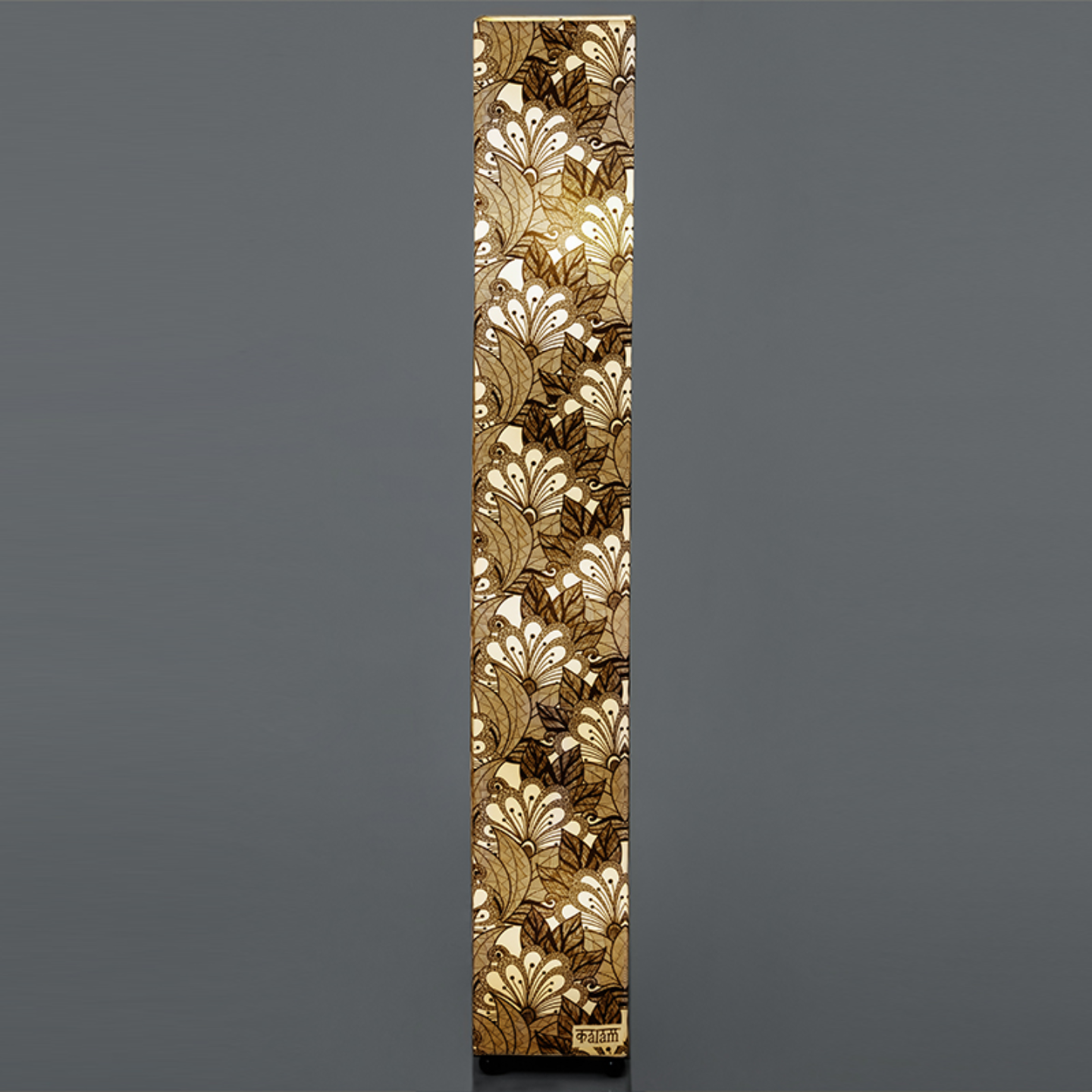 ABSTRACT FLOWER FLOOR LAMP
