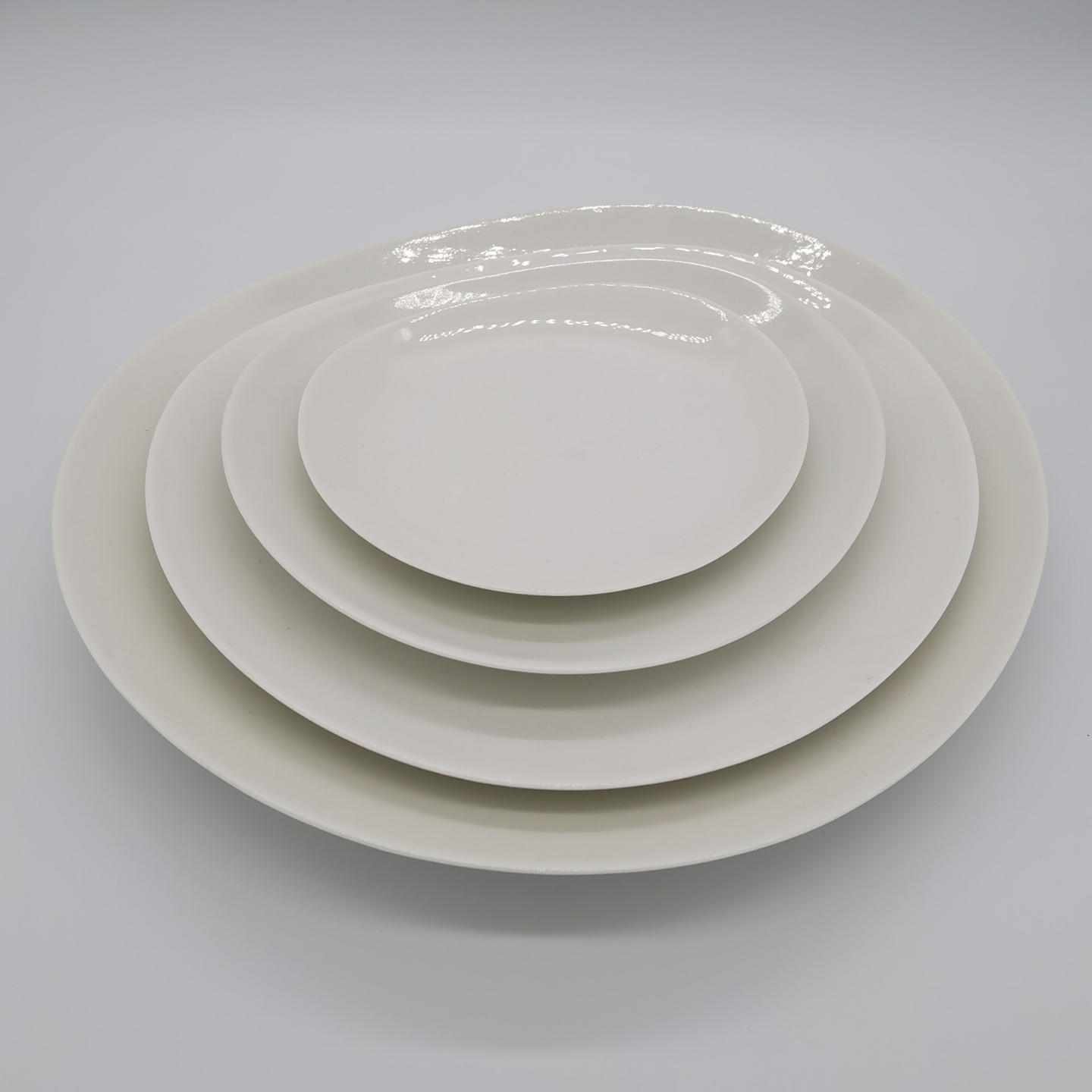 Bone China Free Loops Plate - (15cm)