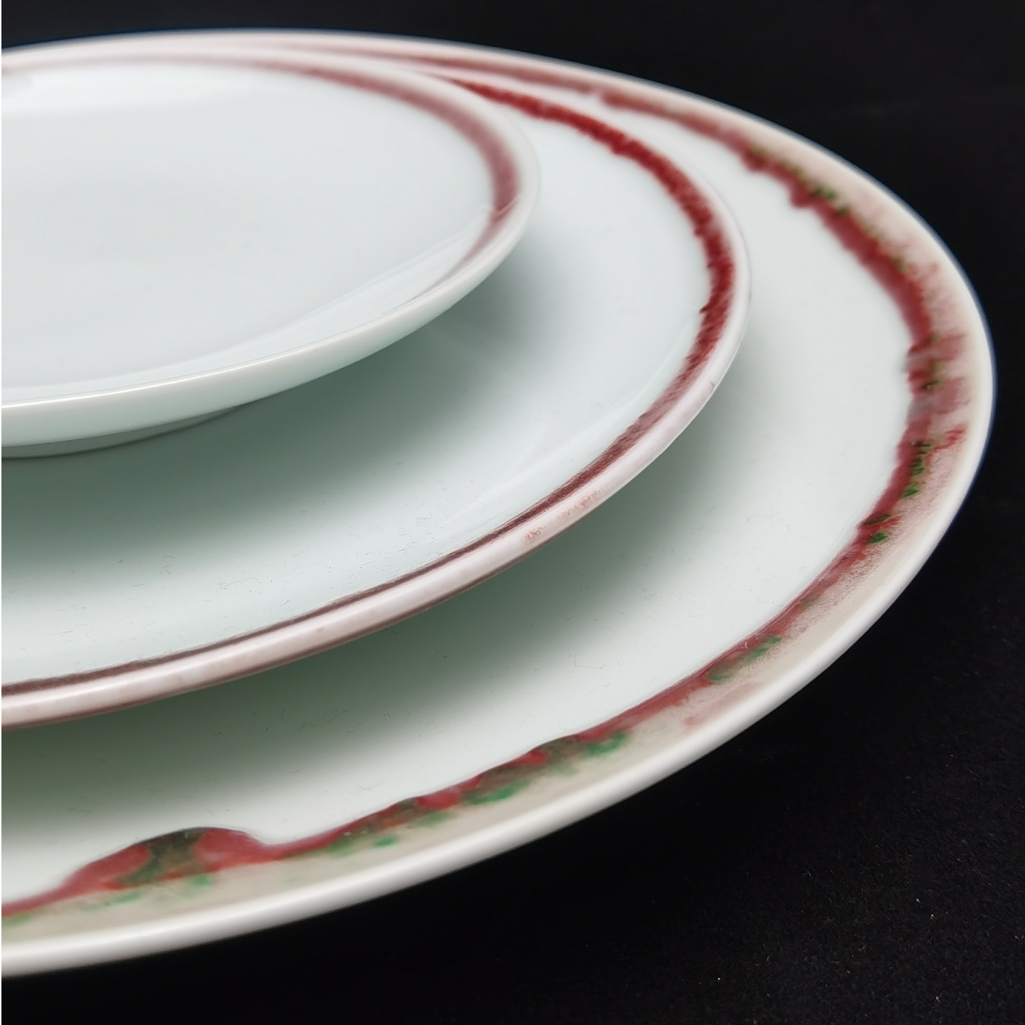 Under-glaze Red Basic Round Plates - (150mm)