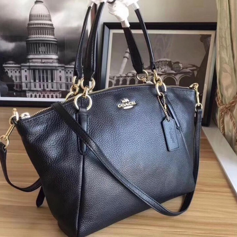 Shoulder Bags F36675 Womens Bags Leather shoulder bag