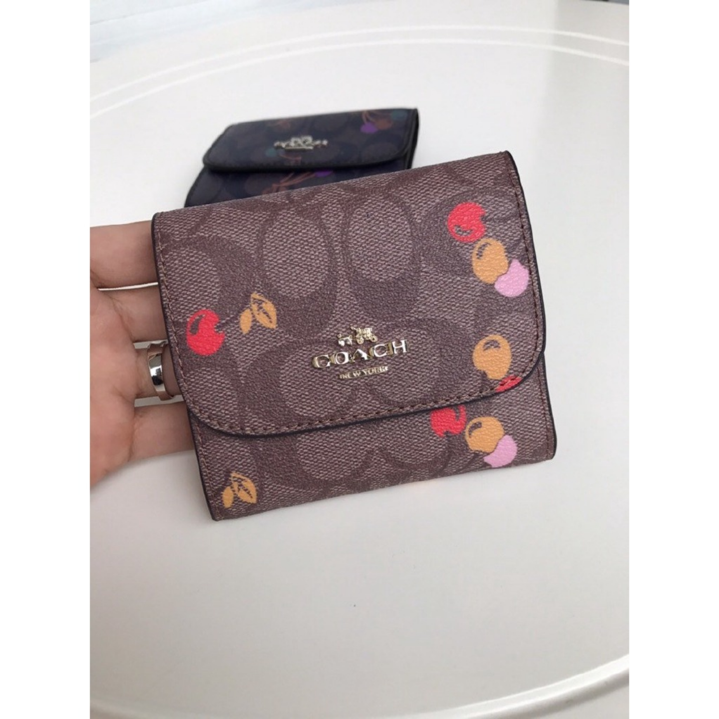 (SG COD)   Women's Coach Wallets Wallets and Cardholders F31939 Small cherry pattern wallet Short Wallets