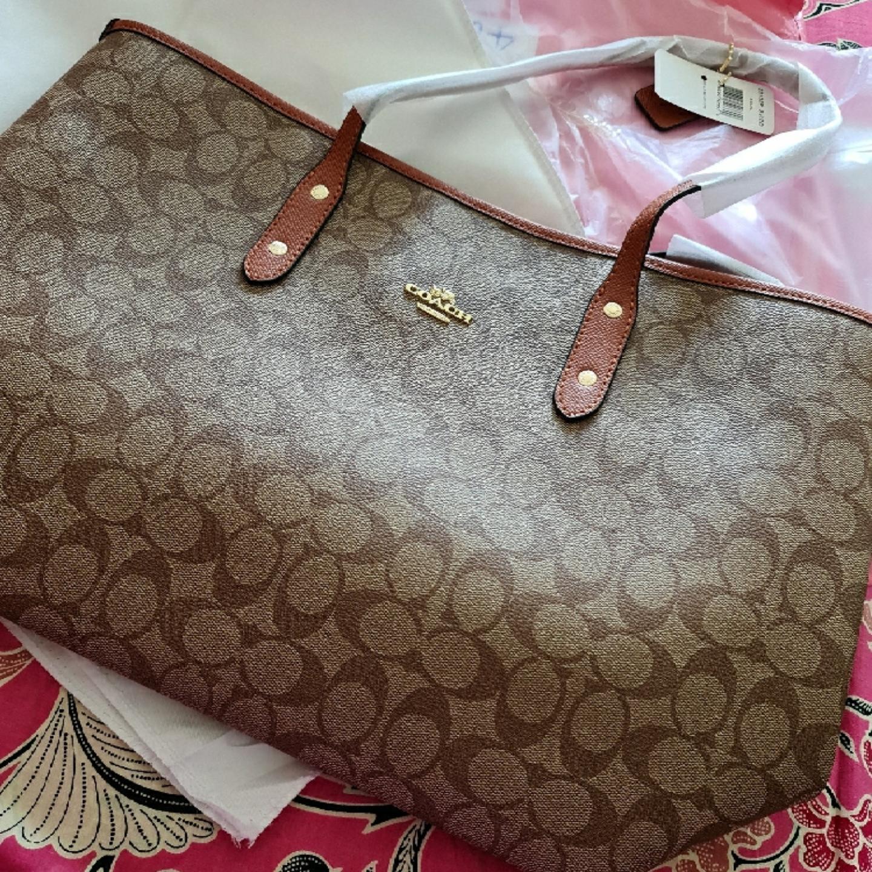 (SG COD) COACH 58292 coach original signature city zip tote handbag women shopping bag mum beg