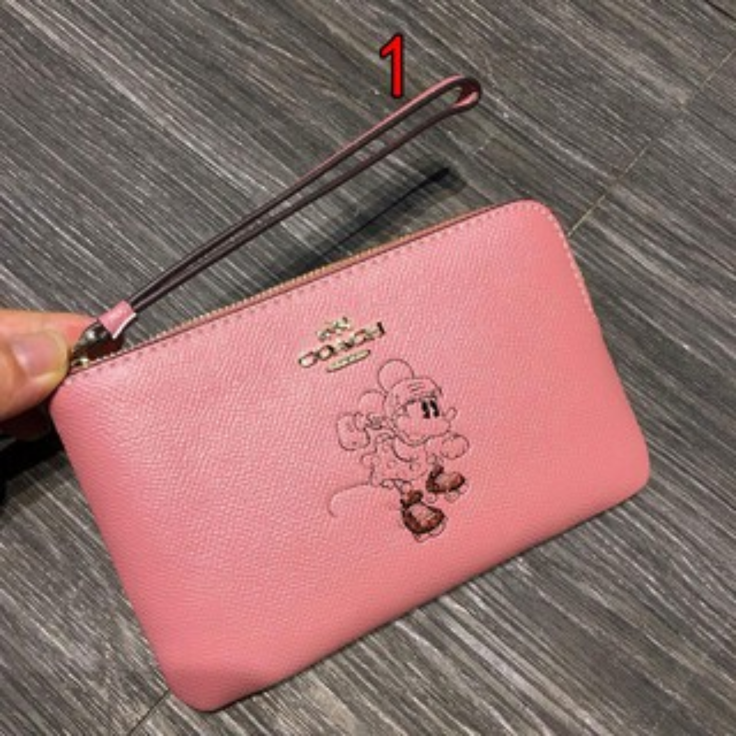 (SG COD) COACH F30004 limited edition Mickey zip clutch and mini wrist bag