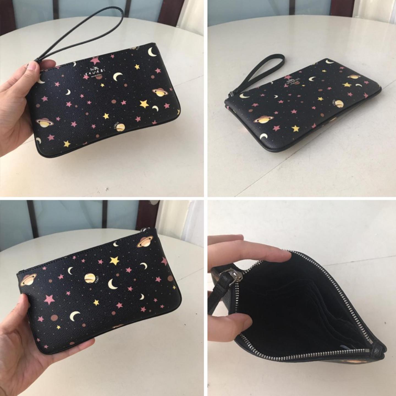 (SG COD) COACH Wallet Clutch F30058 Women's Wrist Bag