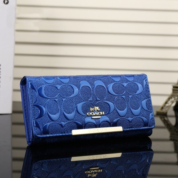 COACH Women's Casual Long Zip Leather Wallet
