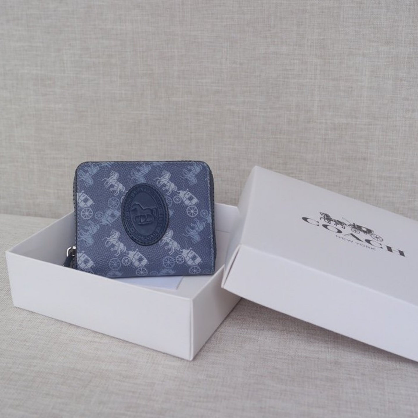 (SG COD) Ladies  Coach   wallet F89375 wallet and cardholder short wallet
