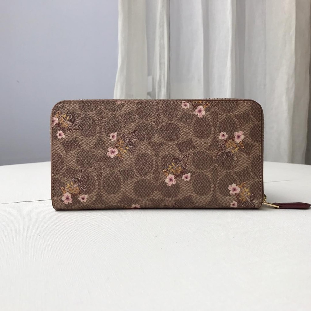 coach fashion woman long wallet