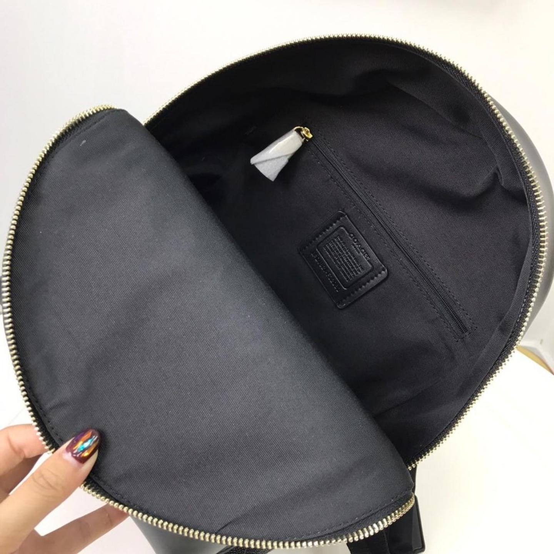 (SG COD) Women's Backpack F32083 Embossed Leathe Coach Backpack