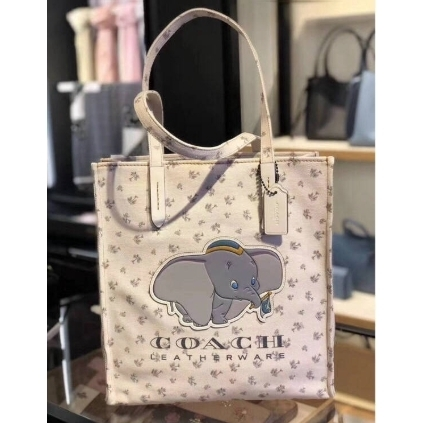 Coach Dumbo shoulder bag
