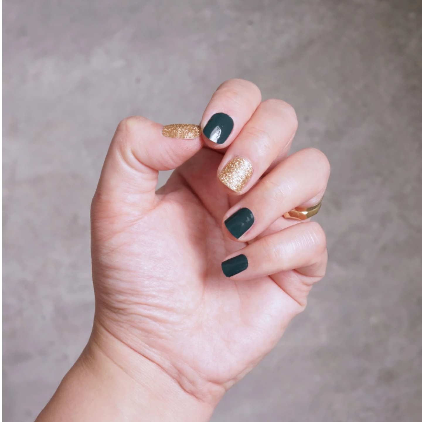 ROYALLY GREEN Nail Wrap Freshly Wrapped